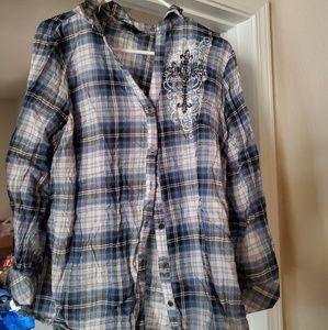 Plaid long-sleeved shirt